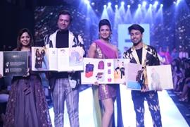 Divyanka Tripathi Dahiya Turns Show Stopper For Victor Robinson's Collection at BT Fashion Week'19