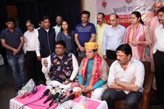 Jhunjhunu Lok Sabha BJP Candidate Narendra Kumar Khichar Visits  Mumbai, Meets  With Migrant Voters