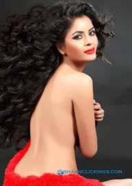 Gehna Vasisht Is Back With Bang In Navin Batra's New Bold Web Series For Giany Films Productions Ltd London