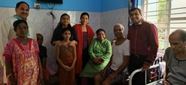 Poster Boy Actress Samikssha Batnagar Celebrates Diwali At Home For The Aged