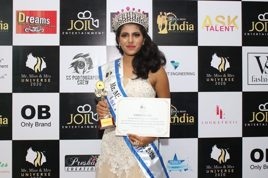 Dipti Shendre Winner Of Joil Entertainment's  Miss Universe 2020 As 1st Runner Up  With Subtitle Winner Miss Photogenic