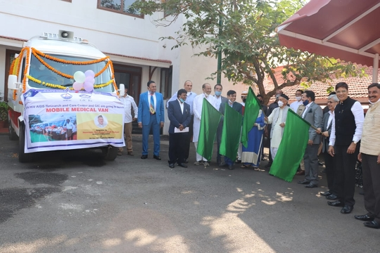 GIC of India (GIC Re) donates Mobile Medical Van to RK Hiv AIDS Research & Care Centre